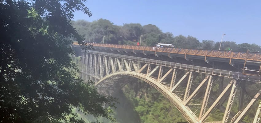 Bridge between Zimbabwe and Zambia