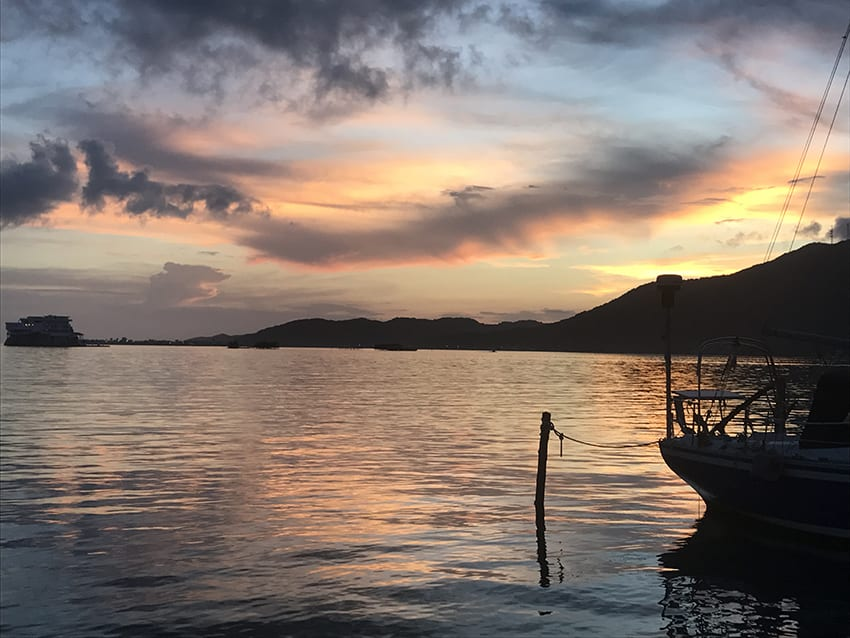 Guanaja - stunning sunsets